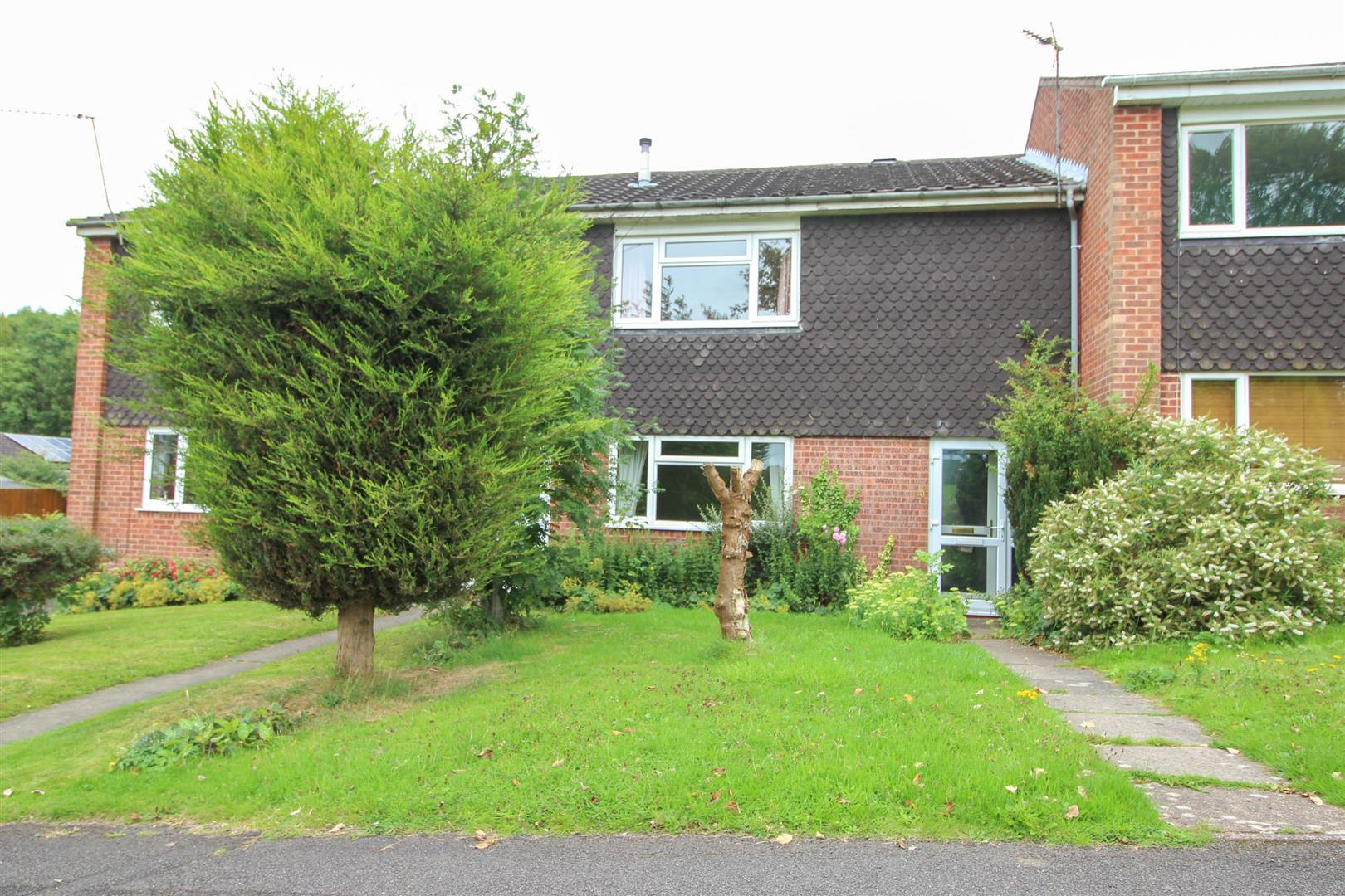 2 Bedrooms Property for sale in Lea Croft Road, Crabbs Cross, Redditch
